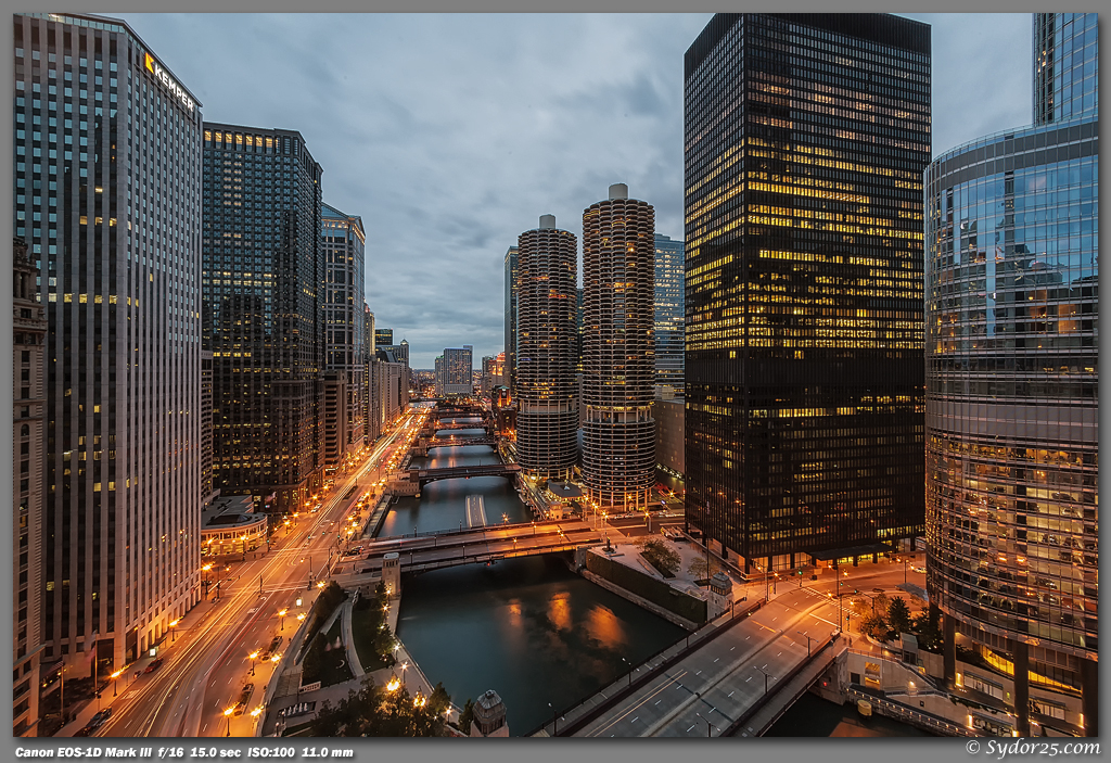 IMAGE: http://sydor25.com/Pictures/Chicago_10.06.12-1203.jpg