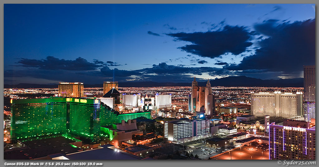 IMAGE: http://sydor25.com/Pictures/Las_Vegas_10.3.10-0947_10x20.jpg